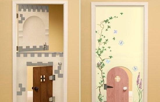 Как можно украсить дверь в комнату своими руками 88